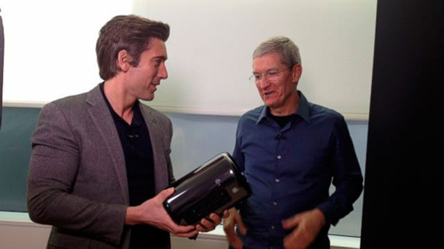 David_Muir_y_Tim_Cook