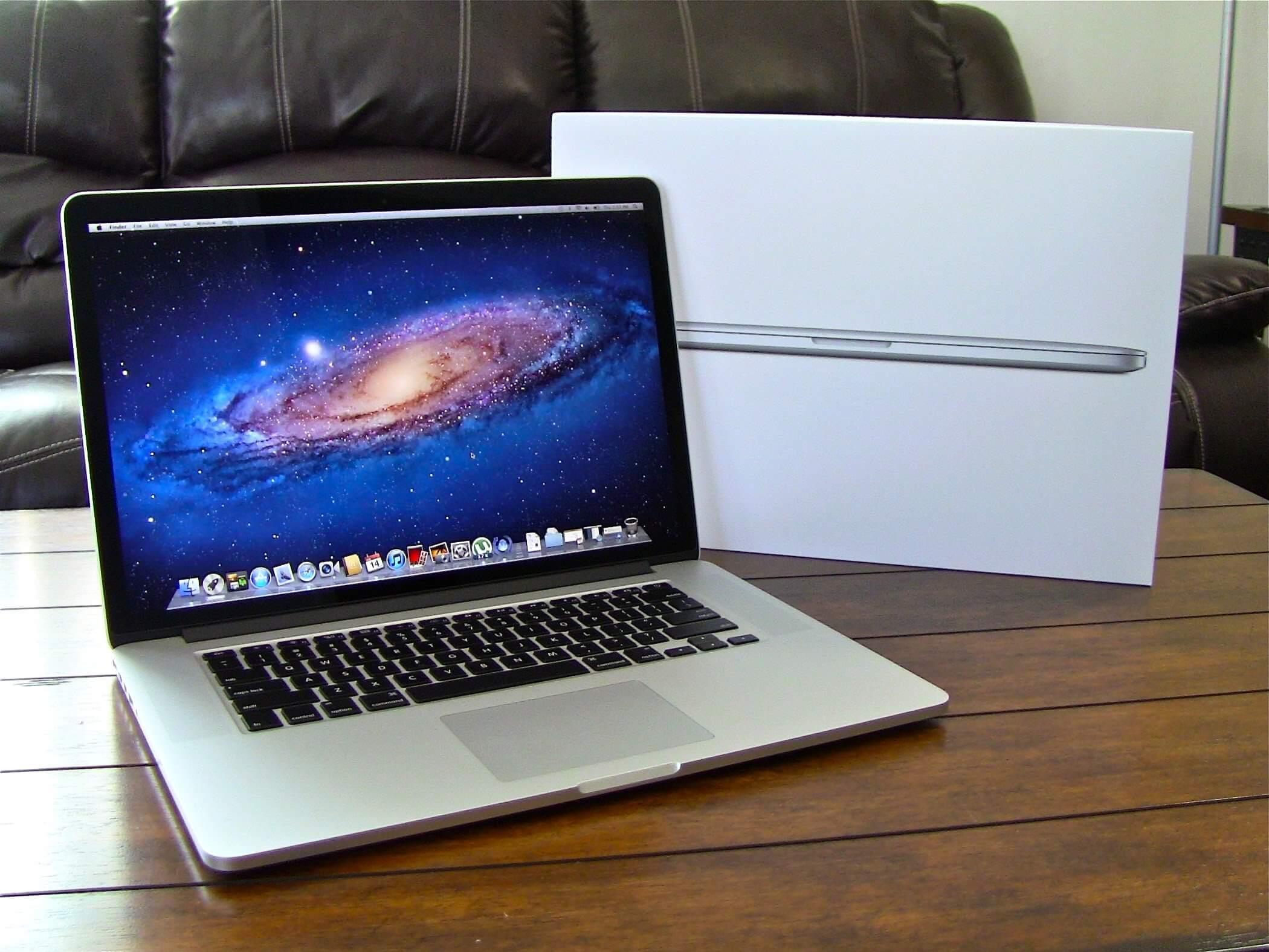 Desempaquetado del MacBook Pro con Retina Display