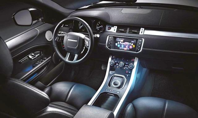 2016-Range-Rover-Evoque-interior