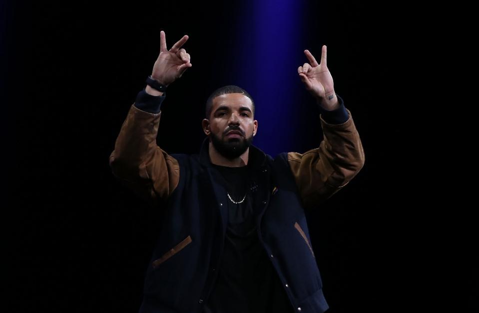 El artista Drake habla sobre Apple Music y da su apoyo