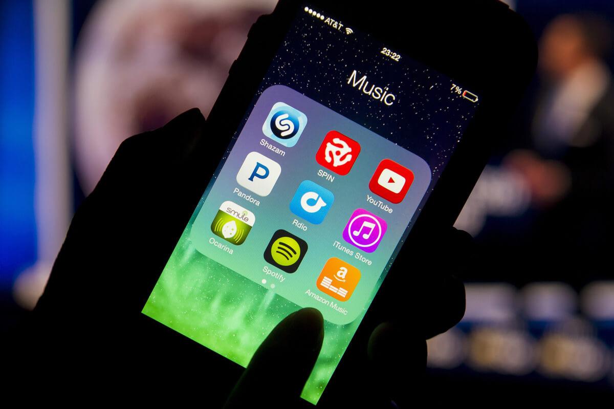 Usuarios pagan suscripción de Spotify a través de la App Store