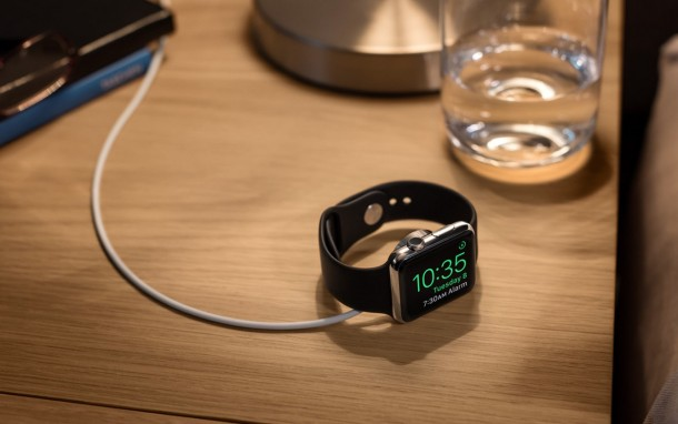 El Apple Watch siendo un reloj de mesa