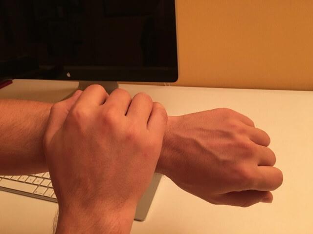 Apple-Watch-hand-mute-dujkan-001