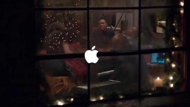 Apple lanza su comercial navideño del 2015