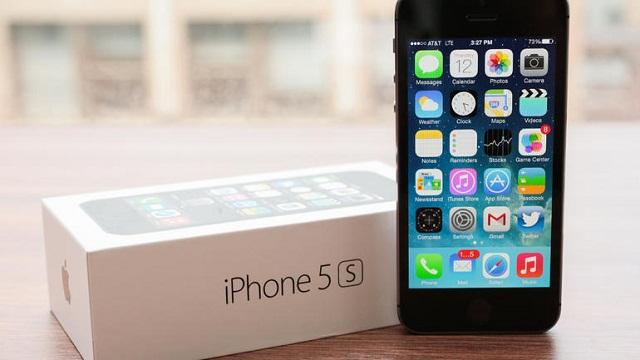 Según KGI, Apple trabaja en una actualización de su iPhone de 4 pulgadas