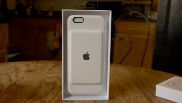 5. Apple Smart Battery Case