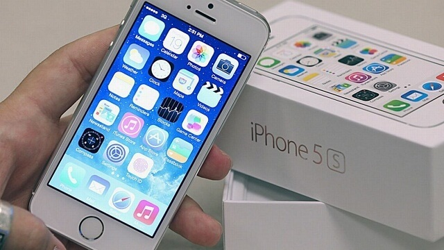 Apple reduce a casi la mitad los iPhone 5S en la India