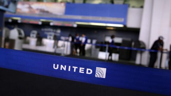 United Airlines planea mejorar el servicio al cliente a través del iPhone 6 Plus