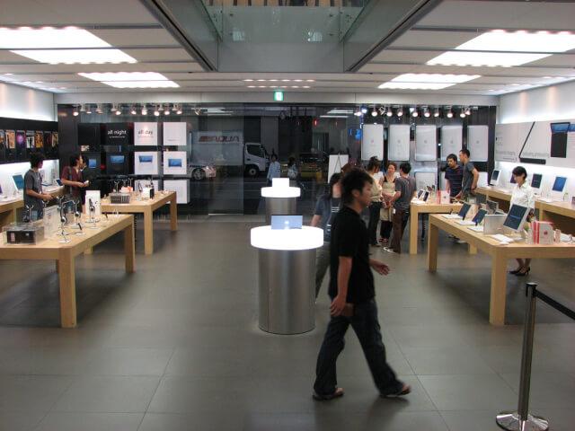 Ginza Apple Store - interior ginza