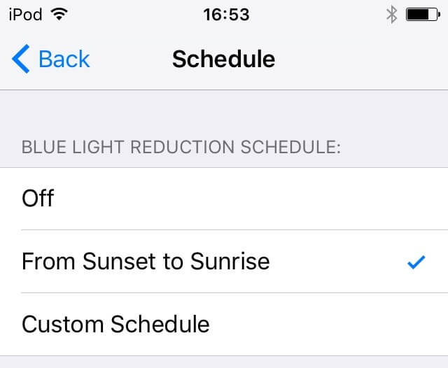 2. Settings → Display & Brightness y Schedule