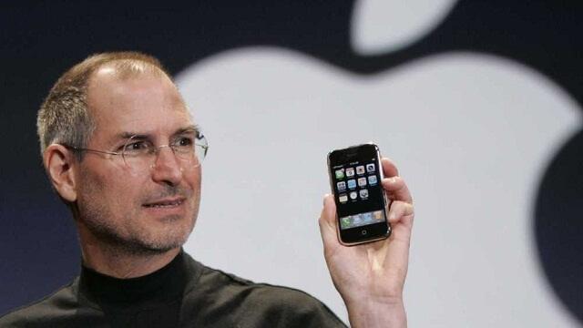 Hace 9 años Steve Jobs presentó el primer iPhone de Apple