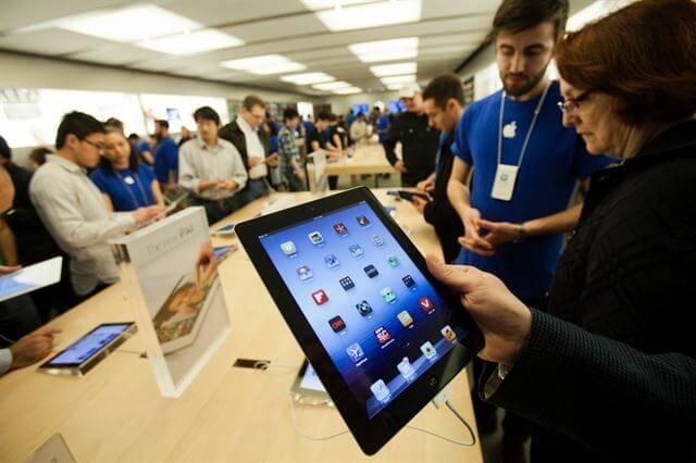 Apple gana simpatía con sus consumidores
