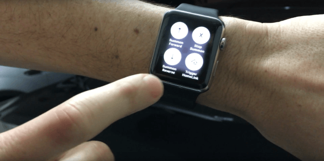 "Desarrollador de iOS logró utilizar ""Summon"" para manejar el Model S de Tesla utilizando un Apple Watch"