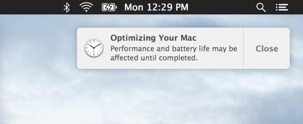 """Explicación de lo que ocurre durante la notificación  """"Optimizando tu Mac"""" en OS X"""