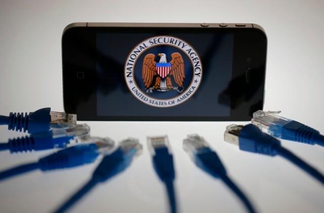 Apple vs FBI - iPhone