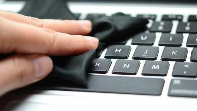 clean-mac-keyboard-672x372