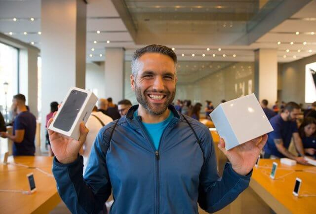 apple-launch-4-800x542