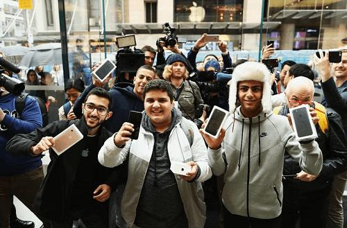 compradores-del-iphone-7